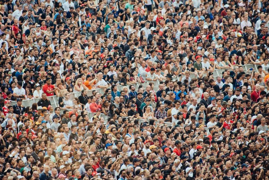 Сколько людей сидят в Тик Токе 2020?